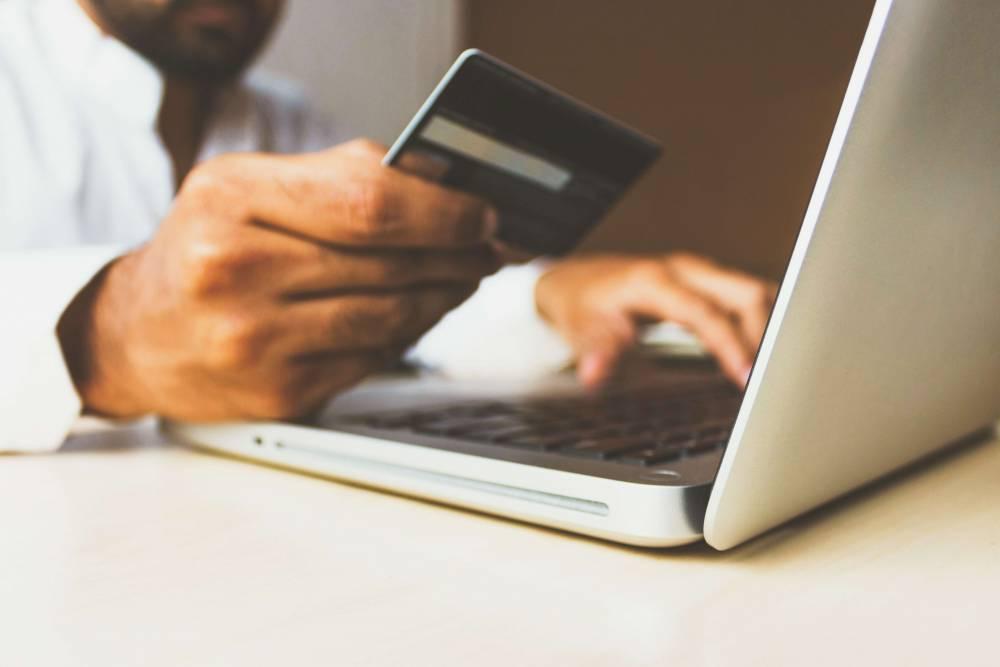 التسويق الإلكتروني ماهو وما أهميته في الحياة العملية؟
